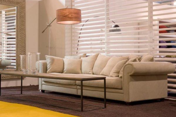 Modell 2042 Sofa Garnitur